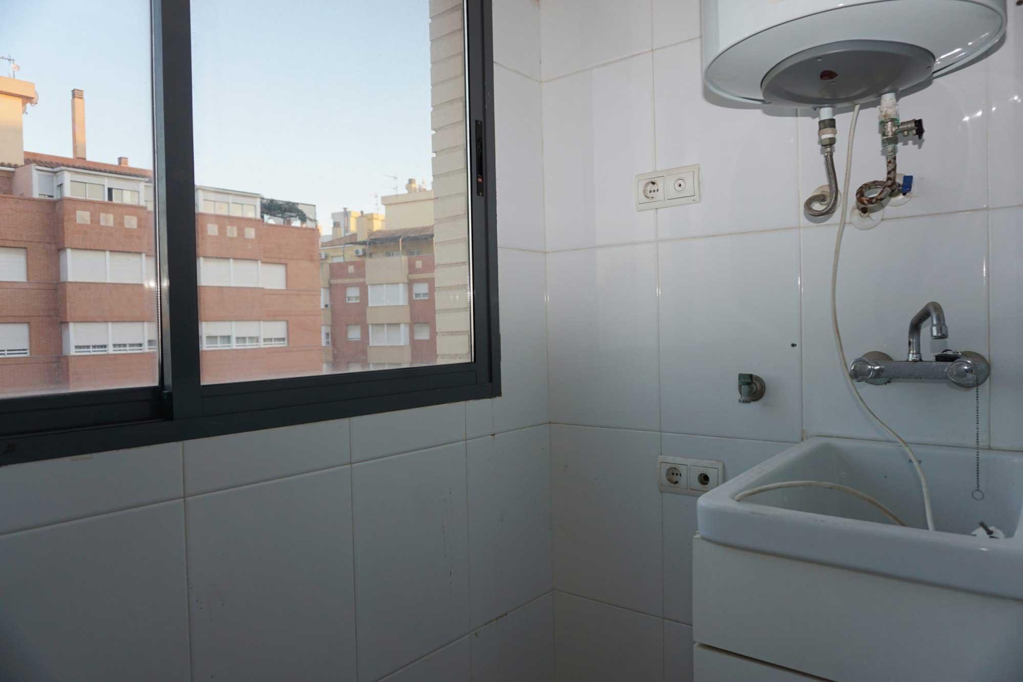 Piso de entidad bancaria en Venta en Burriana (Castellón) zona Llombai