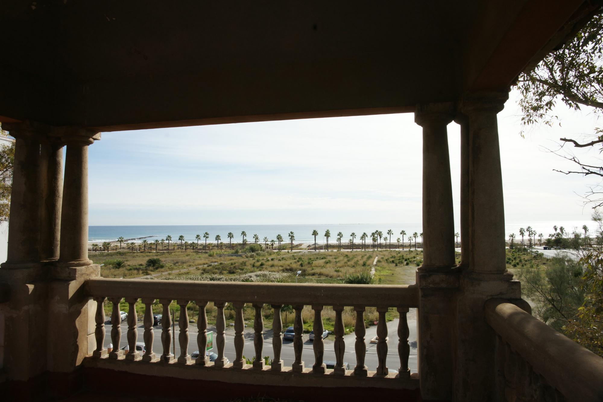 Mansión en Venta en la playa de Burriana (Castellón)