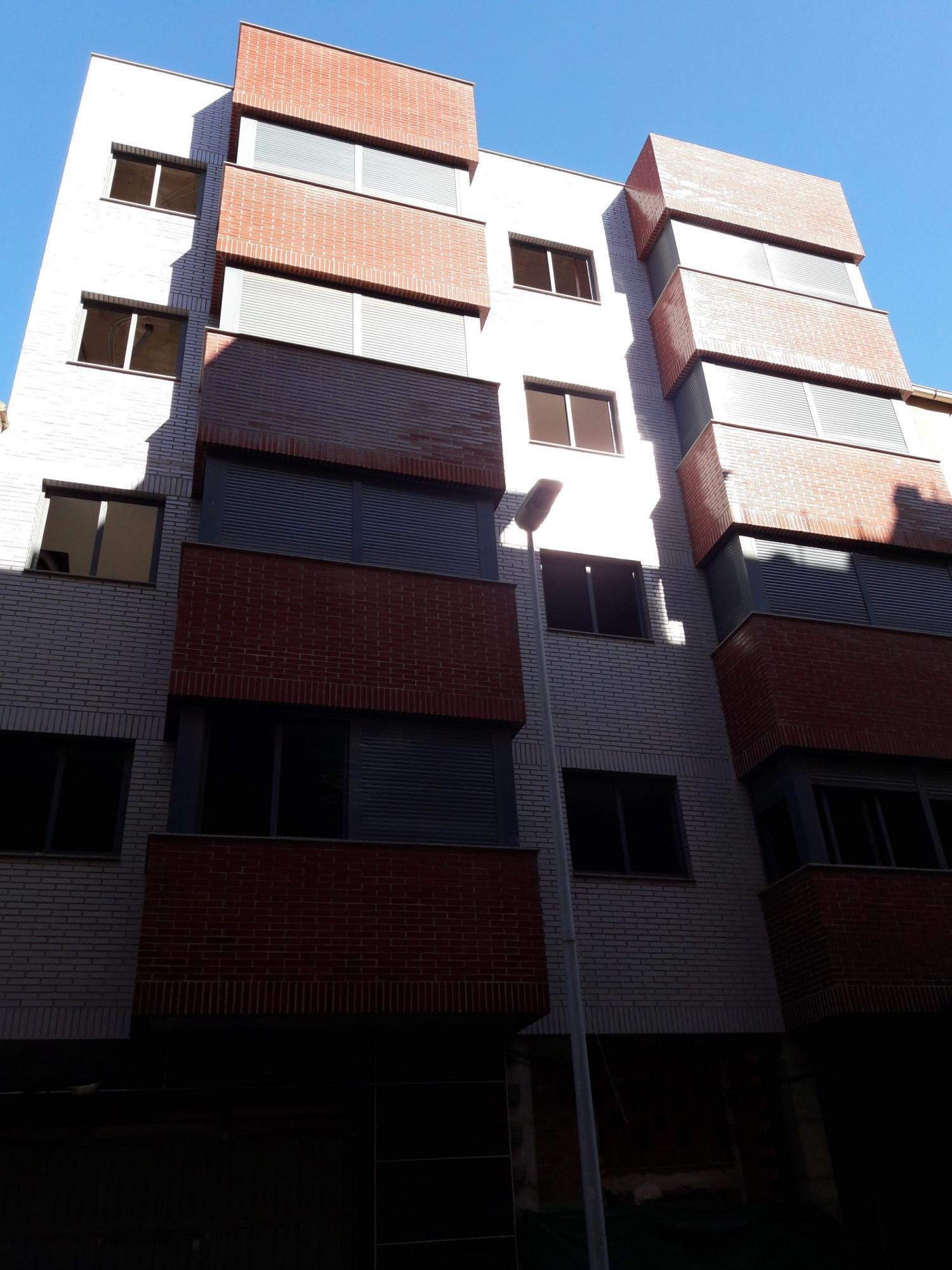 Edificio completo en venta en Burriana (Castellón) zona piscinas