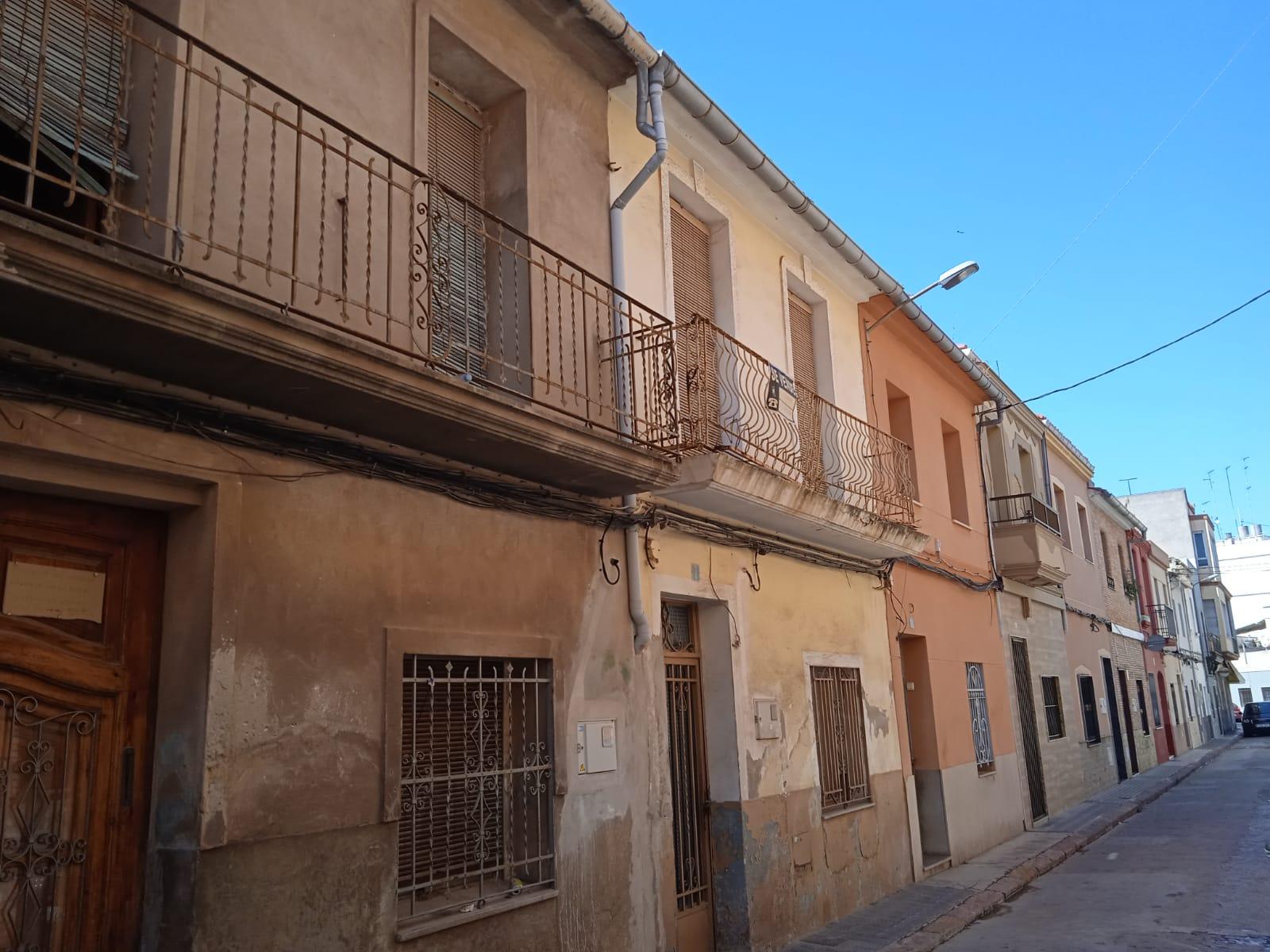 Casa adosada en Burriana (Castellón) zona centro